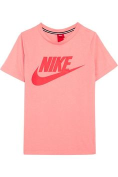 Nike - Essential Printed Stretch-jersey T-shirt - Blush Loose Fitting Tops, Loose Tops, Cut Loose, Sporty Outfits, Athletic Outfits, Athletic Clothes, Athletic Wear, Nike T Shirts Women's, Nike Shirt