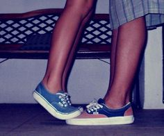 Tall guy + short girl = cute couple. if i did this to my boyfriend he would be like: your ruining my shoes