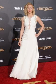 Daily Style Directory: Jennifer Lawrence in a Dior Couture white gown