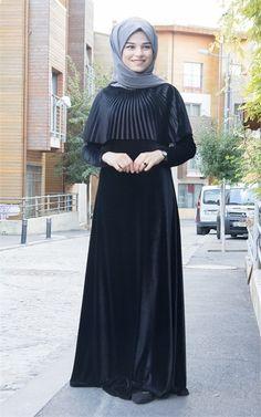 Pelerinli Kadife Elbise - Siyah - B1720S