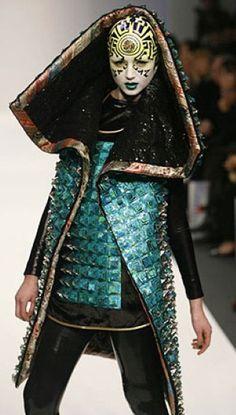 Manish Arora futuristic fashion #nongender #intergender #makeup