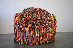 Pini Leibovich's chair 'Happy Material' - made of thousands of balloons.im allergic to balloons, this chair would be my demise Weird Furniture, Classic Furniture, Unique Furniture, Shabby Chic Furniture, Furniture Design, Luxury Furniture, Cheap Furniture, Chaise Bar, Toy Art