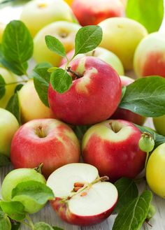Apple and wild cherry fruit extract contain vitamin C and antioxidants which help to brighten skin Cherry Fruit, Apple Fruit, Apple Pear, Fruit And Veg, Fruits And Vegetables, Fresh Fruit, Photo Fruit, Fruit Picture, Yellow Apple