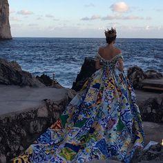 dolce and gabbana capri   Dolce & Gabbana faz desfile exuberante em Capri, para poucos