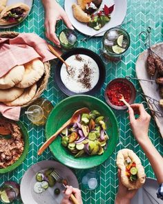 Pita Party - Entertaining a group of friends on a carefree summer day can be as simple as one, two, three. Martha Stewart, Pita Bread, Roast, Appetizers, Stuffed Peppers, Baking, Healthy, Ethnic Recipes, Friends