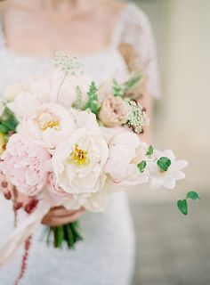 Florals POPPIES FLOWERS - Sweet Southern Style by Byron loves Fawn + Victoria Cameron (Concept & Styling) - via Magnolia Rouge