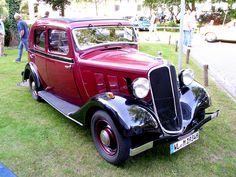 Renault Monaquatre YN3 8CV 1934 -1- by Zappadong, via Flickr
