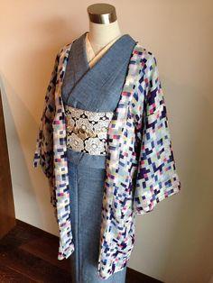 デニム着物 denim kimono Kimono Japan, Yukata Kimono, Kimono Outfit, Kimono Fashion, Kimono Top, Ethnic Fashion, Fashion Outfits, Japanese Outfits, Japanese Fashion