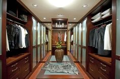 Explore the marvelous Walk-in Closet Designs Ideas at The Architecture Designs. Visit for more ideas on how to designs Walk-in closet Designs. Must Visit Walk In Closet Design, Closet Designs, Bedroom Designs, Walking Closet Ideas, Garderobe Design, Design Food, Design Ideas, Design Trends, Design Inspiration
