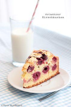 Juicy Cherry Cake