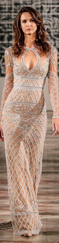 Elie Saab Spring 2015 Couture ♔THD♔ This would be aperture wedding dress in a different color Lace Dresses, Couture Dresses, Pretty Dresses, Short Dresses, Prom Dresses, Wedding Dresses, Long Gowns, Dress Prom, Style Haute Couture