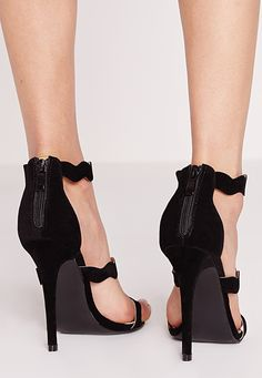 Missguided - Wave Three Strap Barely There Sandal Black