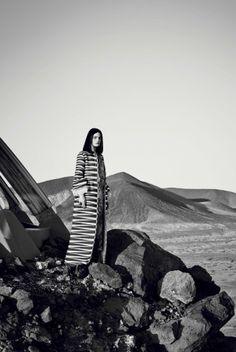 Guinevere van Seenus by Emma Summerton for Vogue Italia