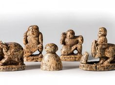 This is the earliest known Chess pieces. It was found at Afrasiab, near… Medieval Games, Medieval Art, Chess Pieces, Game Pieces, Family Game Night, Family Games, Set Card Game, How To Play Chess, Art Through The Ages
