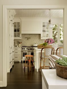 kitchen ceiling & bar stools