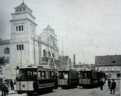 3 lipca 1896 - pierwszy dzień eksploatacji tramwajów elektrycznych w Bydgoszczy. Trwa także budowa Teatru Miejskiego. Boy Scouts, Poland, Paris Skyline, Pictures, Places, Fotografia, Scouting, Photos, Boy Scouting