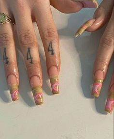 Dope Nails, Aycrlic Nails, Swag Nails, Hair And Nails, Matte Nails, Manicures, Red Tattoos, Finger Tattoos, Cute Tattoos