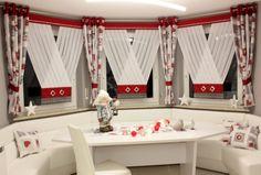 v-ka boże narodzenie Decoration, Valance Curtains, Home Decor, Ideas, Homes, Decor, Decoration Home, Room Decor, Decorations