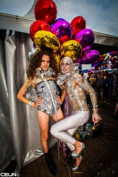 <p>I had to perform at theMilkshake Festivallast Sunday. It was so hysterical that I had to recover Monday and Tuesday morning. I had such a blast withJet van Dijkat her stand which was called the 'Vagina sowing stand'! To top that, my look was with a vagina on my head. …</p>