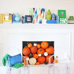 I love a #colorful bookshelf but since I moved our glass shelves to the formal living room (#babyproofing) I've had to get creative with how to display my favorites. The mantel is proving to be a fun and unexpected solution. (Get my top picks for design books sent direct to your email with shoppable links!) @liketoknow.it www.liketk.it/1N9Fw #liketkit by pencilshavings