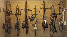 Cobbles fiets ophangen: hoe je eigen fietsophangsysteem maken Bike Shed, Bike Rack, Home And Living, Outdoor Power Equipment, Diy, Organizing, Garten, Bricolage, Indoor Bike Storage