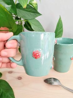 Red flowers on my coffee mug 🌹 Greek Sea, Greek Blue, Porcelain Dinnerware, Pink Daisy, Porcelain Jewelry, Touch Of Gold, Stoneware Clay, Moscow Mule Mugs, My Coffee