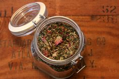 How To Make A Healthy, Mineral-Rich, Tasty Herbal Infusion // divinehealthfromtheinsideout.com