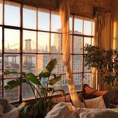 101 Studio Apartment Decorating Design Ideas For Spacious Space - Japanese Apartment, Design Apartment, Dream Apartment, Nyc Apartment Luxury, Apartment Living, Dream Rooms, Dream Bedroom, Bedroom Yellow, Bedroom Night