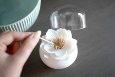 http://allegro.pl/pojemnik-na-patyczki-wykalaczki-lotus-box-design-i5518859914.html