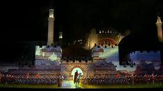 Προκλητική φιέστα Ερντογάν για την Άλωση της Πόλης - Διάβασαν το Κοράνι μέσα στην Αγιά Σοφιά Mansions, House Styles, Home Decor, Decoration Home, Room Decor, Fancy Houses, Mansion, Manor Houses, Mansion Houses
