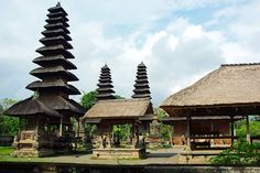 Bali is a beautiful place to go, but do you know that Bali is also home to thousands of people who will become blind just because they can't afford surgery?