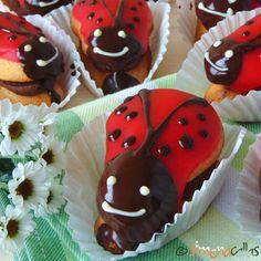 Prajitura Gargarita – un deliciu de cofetarie Eclairs, Desert Recipes, Vanilla Cake, Biscuits, Muffin, Candy, Cooking, Breakfast, Sweet