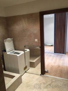 Luxusne novo-zrekonštruovaný 3 -izbový byt - Staré Mesto - 1