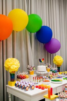 Rainbow Party with So Many Cute deas via Kara's Party Ideas | KarasPartyIdeas.com #RainbowParty #Party #Ideas #Supplies (11)