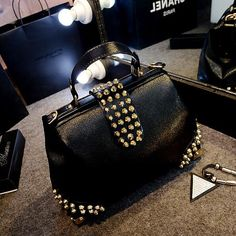 12.90$  Buy here - http://alicst.shopchina.info/go.php?t=32790463338 - bag again 011217 new hot women handbag female doctor bag  #bestbuy