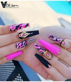 we compare more than 200 gorgeous coffin nails with stiletto nails.In the spark of the contrastive collision of these gifted nail creations, Fabulous Nails, Gorgeous Nails, Pretty Nails, Beautiful Nail Designs, Cute Nail Designs, Pink Camo Nails, Best Acrylic Nails, Fire Nails, Manicure E Pedicure