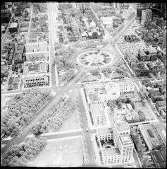Benjamin Franklin Parkway, Philadelphia (Charles Higgins,1952)