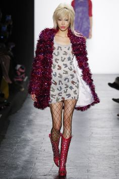 Jeremy Scott Fall 2016 Ready-to-Wear Collection Photos - Vogue >> even if this coat is lined, I don't see how it wouldn't be itchy. But I still love it.