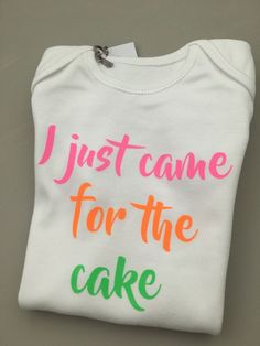 I JUST CAME FOR THE CAKE baby clothing vest babygrow funny baby shower gift  #MillyMollyMorley #ijustcameforthecake #babyshower www.millymollymorley.co.uk