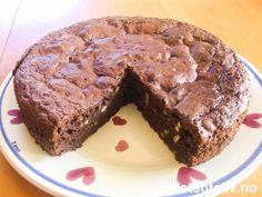Sjokoladekake med banan og nøtter | Det søte liv