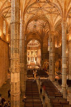 Join buildyful.com - the global place for architecture students.~~Jerónimos Monastery, Lisbon Portugal