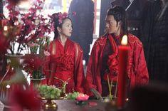Prince of Lan Ling (兰陵王), Ariel Lin as Yang Xue Wu and Feng Shao Feng as Lan Ling Wang ath their first wedding - 2013 C-Drama.