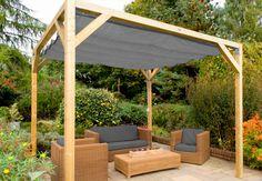 Moderne Beschattung für Jeden Garten. Mit der Beschattungslösung schaffen Sie einen dekorativen und modernen Schattenplatz im Garten oder auf der Terasse. Optisch ansprechend, aber auch funktional.