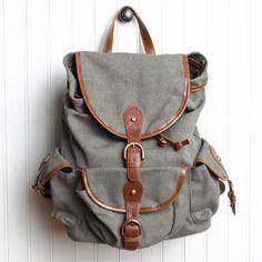 Una mochila ecológica para salir a una excursión.