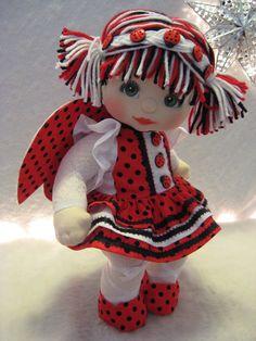 Cute dolls for lil girls! Crochet Toys Patterns, Stuffed Toys Patterns, Doll Patterns, Pretty Dolls, Cute Dolls, My Child Doll, Baby Ladybug, Adornos Halloween, Tin Can Crafts