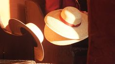 Cappelli nel sole