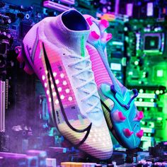 Football Art, Football Boots, Football Players, Fifa Covers, Neymar Jr Wallpapers, Kobe Bryant Michael Jordan, Nike Vapor, Man United, Shoe Brands