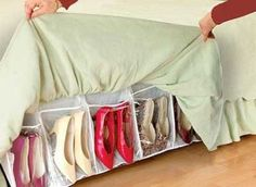 40 Creative Dorm Room Space Saving Storage Ideas - Page 34 of 42 Diy Shoe Storage, Diy Shoe Rack, Storage Ideas, Creative Storage, College Dorm Accessories, Organizar Closet, Dorm Room Organization, Organization Ideas, Space Saving Storage