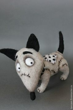 "TANYA SAMOTOSHINA - (tansam) -- ""SPARKY"" - a small terrier cartoon of Tim Burton's ""Frankenweenie"" -- 20 cm.  Handmade."