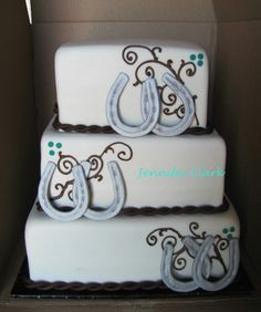 Beautiful turquoise and brown cake yes!!!!